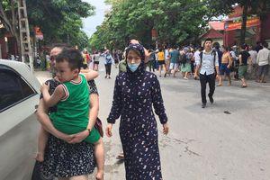 Chập cháy trường mầm non, hàng trăm trẻ phải sơ tán