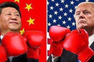 Phố Wall chao đảo vì 'bóng ma' thương chiến Mỹ-Trung