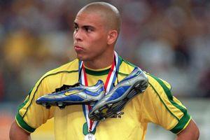 Ronaldo 'béo' và cơn động kinh bí ẩn nhất lịch sử World Cup