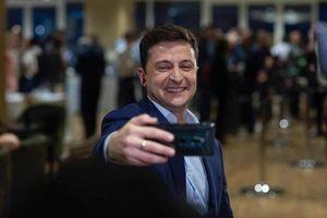 Tổng thống đắc cử Ukraina tăng tốc xích lại gần EU, cứng rắn với Nga