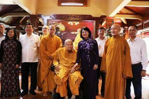 Phó Chủ tịch nước Đặng Thị Ngọc Thịnh chúc mừng Đại lễ Phật đản tại Đồng Nai