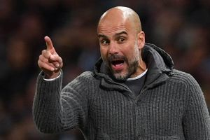 Pep Guardiola tố truyền thông Anh ủng hộ Liverpool thắng Premier League