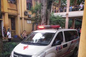 Thông tin mới nhất vụ cột bê tông đổ đè nhóm học sinh