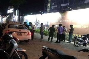 Tài xế taxi nghi bị cướp cứa cổ trong đêm