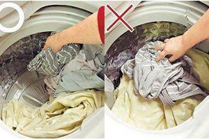 Nhân viên khách sạn tiết lộ 7 mẹo giúp quần áo giặt máy luôn sạch, thơm khó cưỡng
