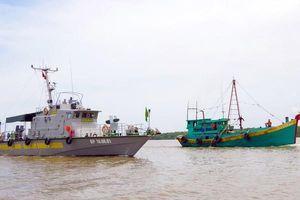 Bà Rịa-Vũng Tàu bắt giữ 2 tàu chở dầu DO không rõ nguồn gốc