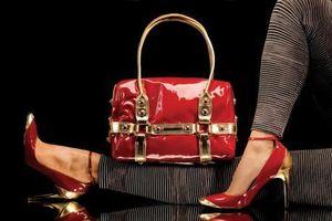 Người dân Trung Quốc mua sắm hơn 1/3 hàng xa xỉ toàn cầu