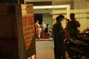 Cô gái 23 tuổi tử vong trong khách sạn ở Sài Gòn sau cuộc gọi cầu cứu gia đình