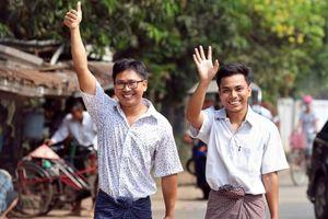 Hai nhà báo đạt giải Pulitzer được Myanmar trả tự do