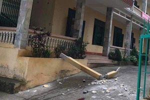 Một học sinh thiệt mạng sau khi bị cột bê tông trong trường đè trúng ở Hòa Bình