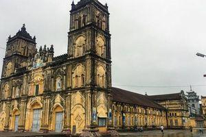 Bộ VH,TT&DL tổ chức đoàn khảo sát tại nhà thờ Bùi Chu