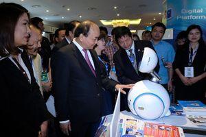 Hôm nay, Thủ tướng dự Diễn đàn quốc gia phát triển doanh nghiệp công nghệ Việt Nam