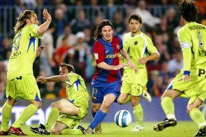 Messi solo qua 4 cầu thủ, ghi bàn đẹp nhất lịch sử Barca