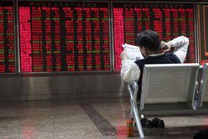 Xung đột thương mại Mỹ - Trung leo thang khiến chứng khoán châu Á giảm sâu