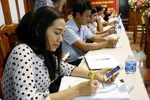 Tây Ninh: gần 500 cán bộ học xử lí thủ tục hành chính kiểu mới