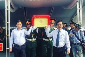Lễ truy điệu và an táng hài cốt liệt sĩ quân tình nguyện, chuyên gia Việt Nam hy sinh tại Lào