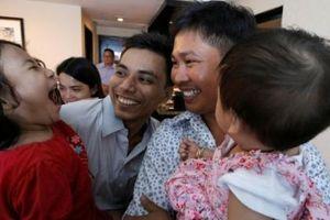 Hành trình 511 ngày gian nan của 2 phóng viên Reuters bị bắt tại Myanmar