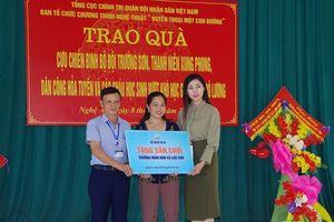 Ban Thanh niên Quân đội tặng 70 suất quà cho đối tượng chính sách ở Đô Lương