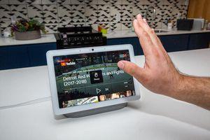 Google Nest Hub Max: kết nối tiện ích trong ngôi nhà của bạn