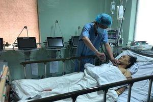 Cứu sống bệnh nhân ngưng tim từ tuyến dưới