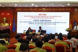 Việt Nam sẵn sàng 'nói không' với gỗ bất hợp pháp