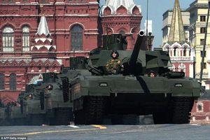 Quân đội Nga không hề mạnh như màn duyệt binh hoành tráng trên Quảng trường Đỏ?