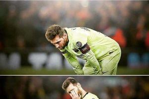 Chưa bao giờ thấy Messi cô đơn đến thế!