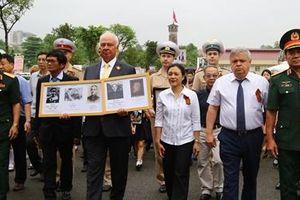 'Trung đoàn Bất tử' diễu hành ở Hà Nội