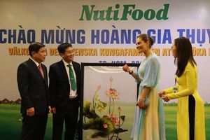 Công chúa Thụy Điển gặp gỡ đại diện NutiFood tại TP.HCM