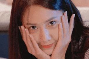 3 thần tượng Kpop được phái nữ xứ Hàn yêu cầu phẫu thuật giống nhất