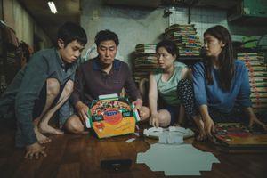 'Ký sinh trùng' của đạo diễn 'Quái vật sông Hàn' tranh giải LHP Cannes
