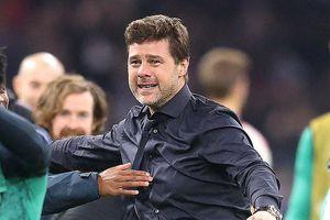 Tottenham ngược dòng thần thánh, HLV Mauricio Pochettino bật khóc trên sân