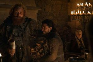 Starbuck vớ bẫm nhờ ly càphê bất ngờ xuất hiện trong Game of Thrones