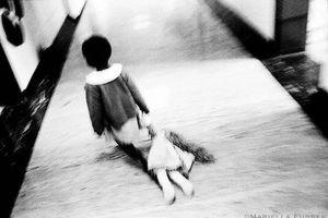 Những bộ ảnh về nạn ấu dâm, bạo hành trẻ em hết sức xuất sắc và đầy ám ảnh trên thế giới