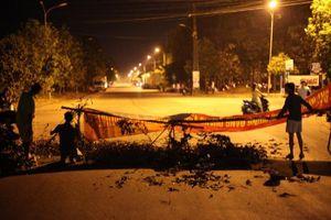 Quảng Ngãi: Người dân lập rào chắn xe tại trạm xử lý nước thải tập trung KCN Quảng Phú