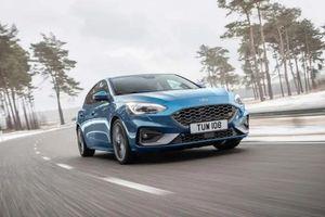 Ford Focus ST 2019 mở bán tại Anh, giá từ 888 triệu đồng