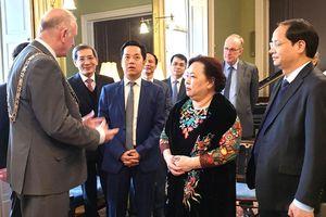 Đoàn công tác TP Hà Nội thăm, làm việc tại Cộng hòa Ireland và Vương quốc Anh