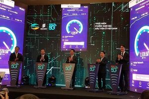 Thực hiện cuộc gọi 5G đầu tiên tại Việt Nam