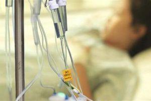 Giá thuốc ung thư cao gấp 7 lần: Dân than khổ