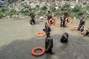 Tìm thấy thi thể nam sinh còn lại trong vụ hai nam sinh bị nước cuốn xuống suối