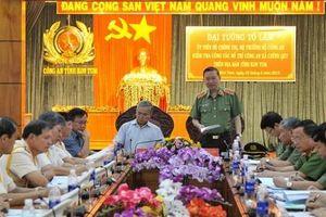 Đại tướng Tô Lâm kiểm tra kết quả triển khai Công an xã chính quy tại tỉnh Kon Tum