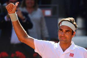 'Tàu tốc hành' Roger Federer có trận thắng thứ 1.200