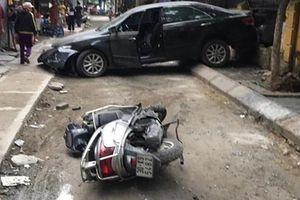 Nữ tài xế lùi xe bất cẩn khiến 1 người tử vong