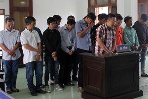 Cá độ bóng đá qua mạng lớn nhất Phú Yên, 20 bị cáo 'bóc lịch'
