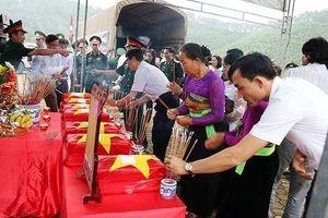 Hà Tĩnh đón 7 hài cốt liệt sĩ hi sinh tại Lào về với đất mẹ