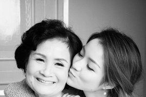 Chia sẻ câu chuyện cảm động, Thủy Top nhắn nhủ: 'Con yêu mẹ nhất trên đời'