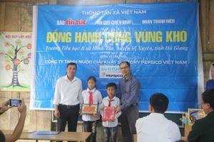 Trao tặng công trình nước sạch cho trường vùng cao biên giới Hà Giang