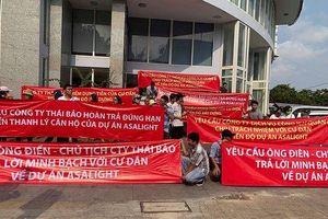 Vụ kéo lên UBND quận 'đòi' nhà: Đề nghị thanh lý toàn bộ hợp đồng với khách hàng