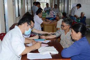 Khám bệnh, phát thuốc miễn phí cho người nghèo xã Nghĩa Thành, huyện Châu Đức