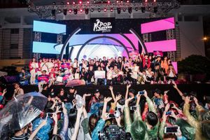 Lễ hội K-pop diễn ra tại khu phố đi bộ hồ Hoàn Kiếm, Hà Nội